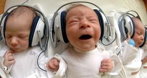 babys in headphones
